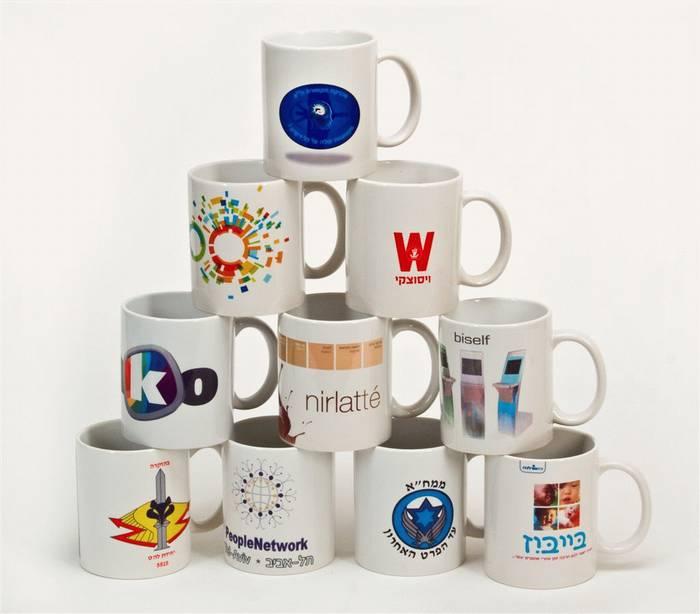 כוסות עם הדפסת תמונה צבעונית לפרסום וקידום מכירות