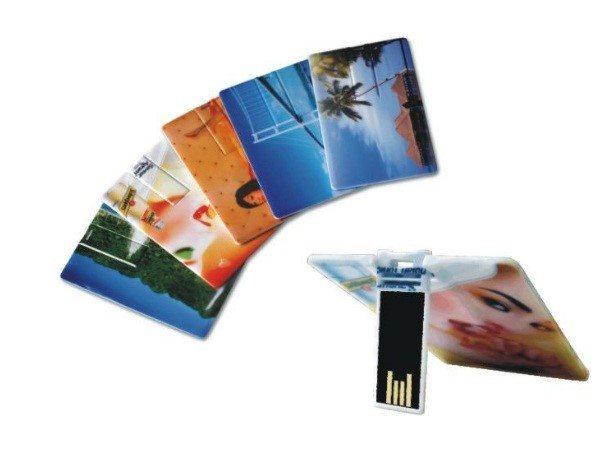 מיתוג דיסק און קי בצורת כרטיס אשראי