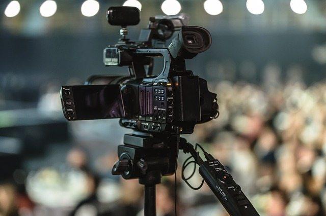 סרטי ומוצרי פרסום